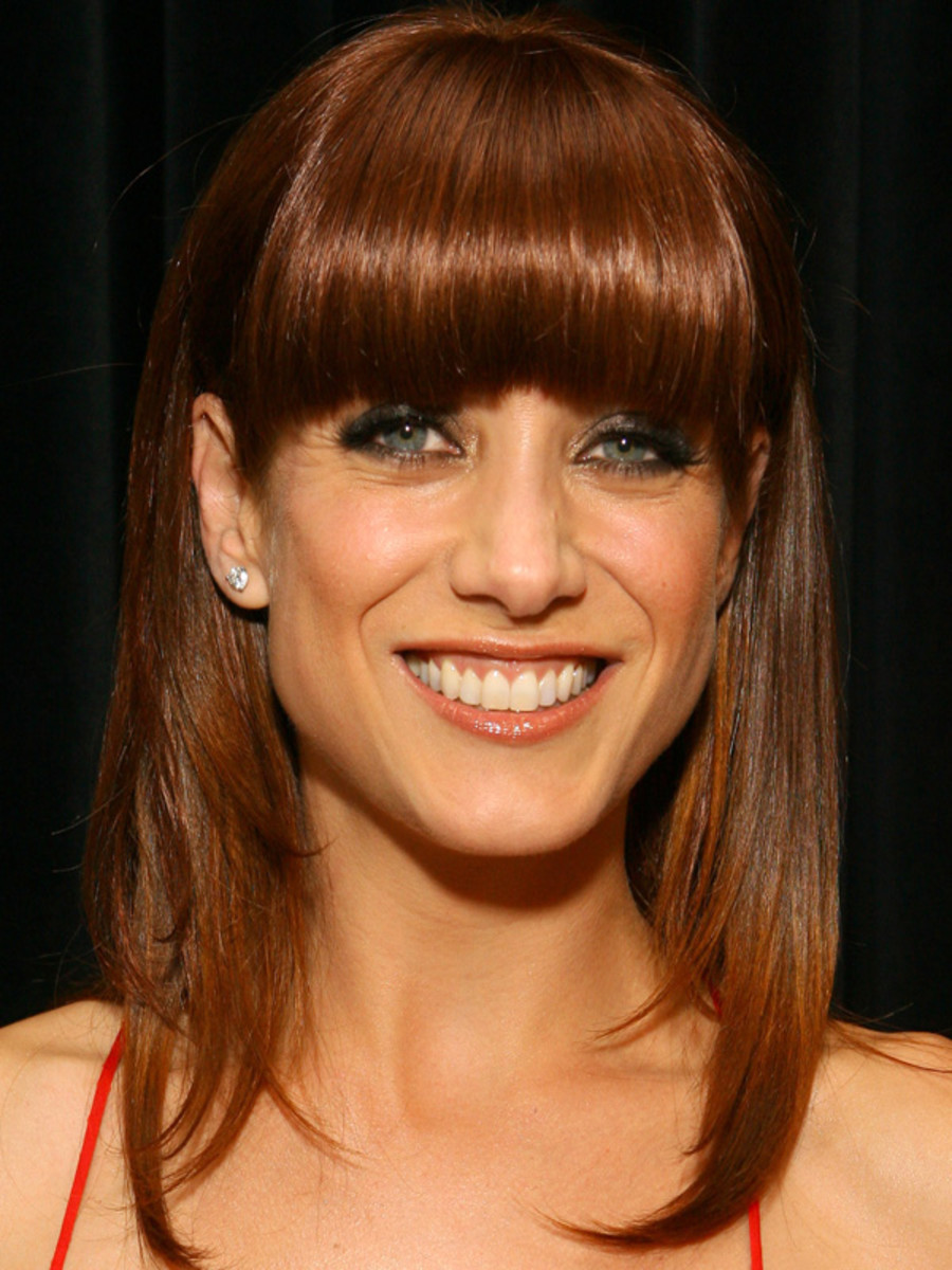 Kate Walsh pear face bangs