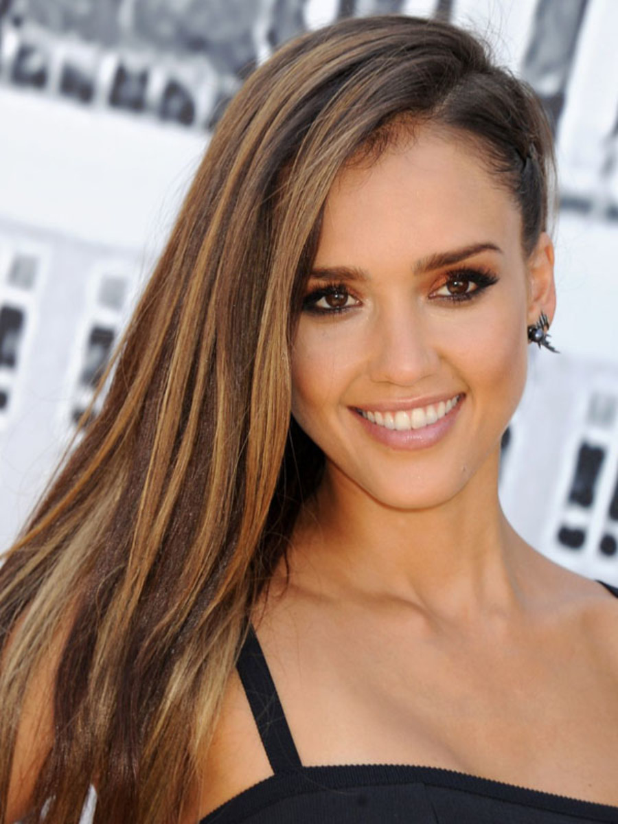 Jessica Alba hair, Sin City A Dame To Kill For Experience, Comic Con 2014 (2)