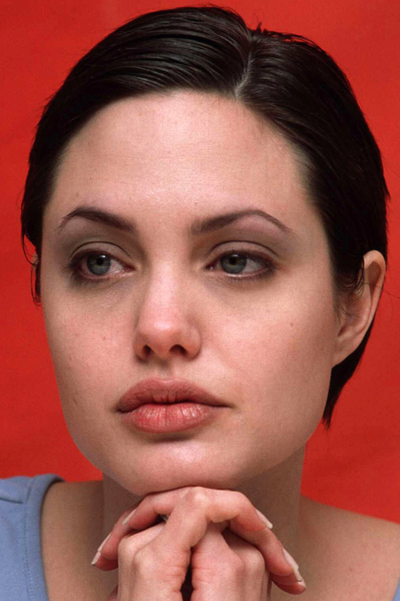 Angelina Jolie, Gia press conference, 1998
