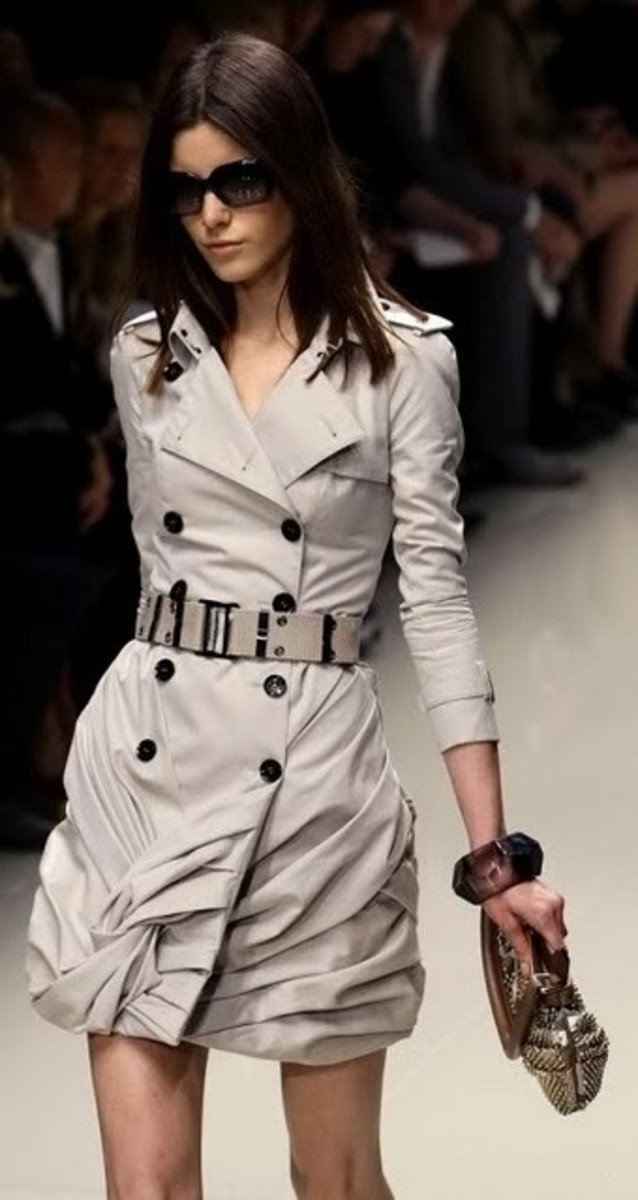 Burberry-trench-coat-spring-2010