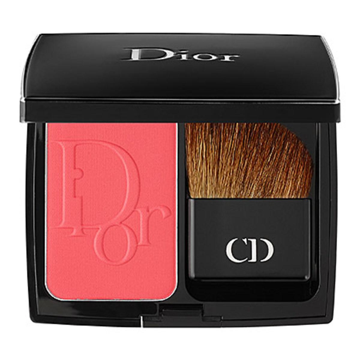 Dior DiorBlush Vibrant Colour Powder Blush in New Red
