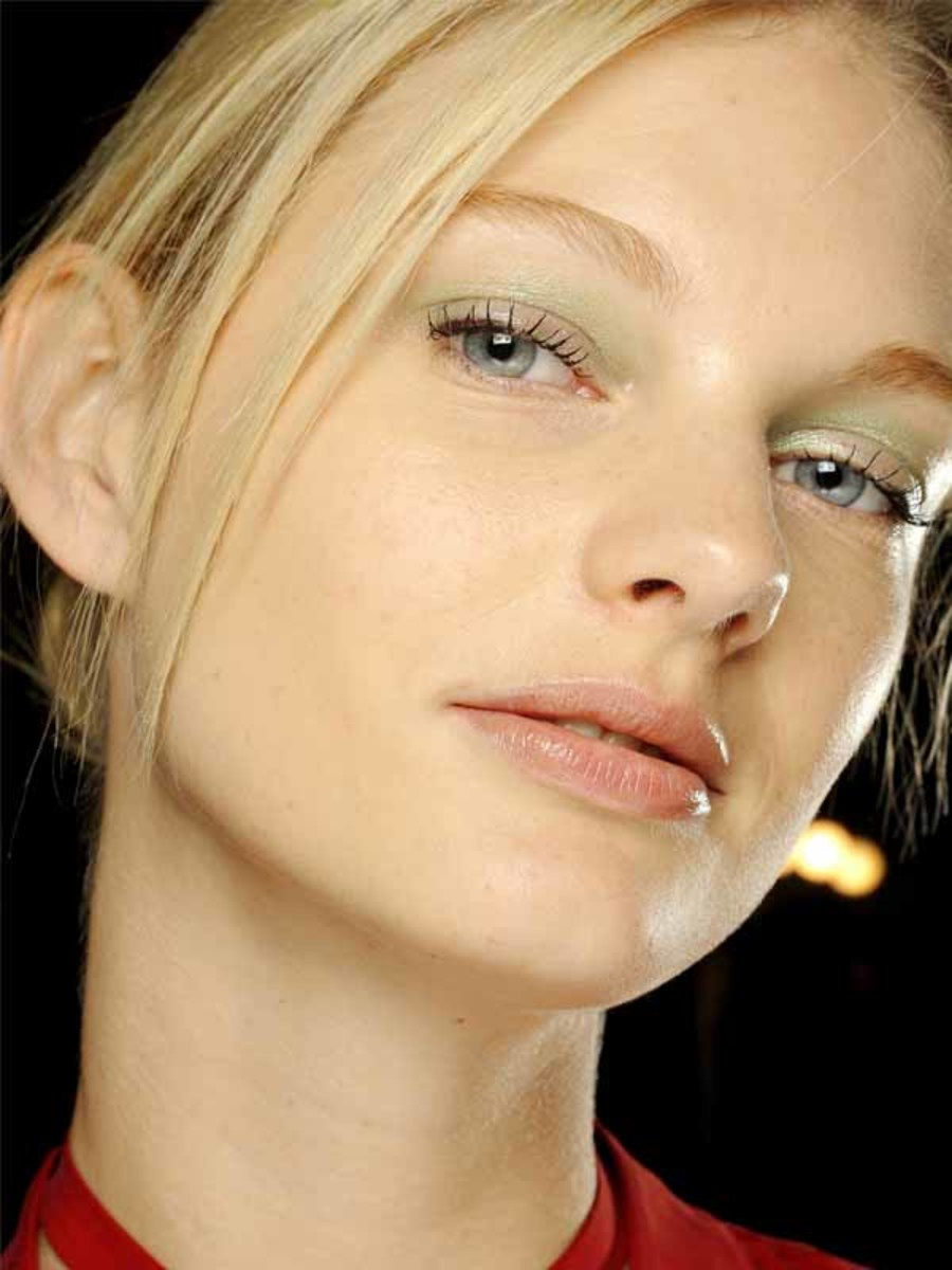 Giorgio Armani Prive - Spring 2012 makeup