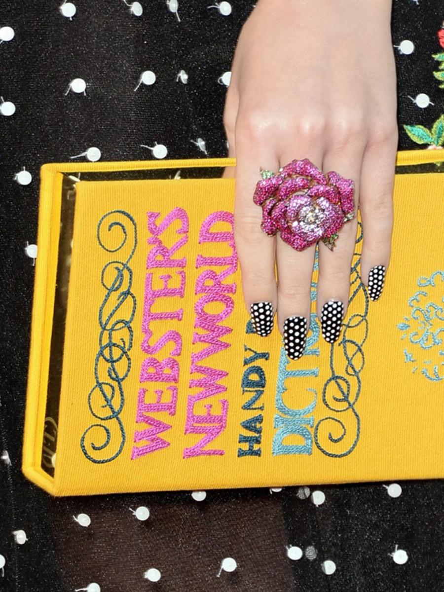 Katy Perry polka dot nails (3)