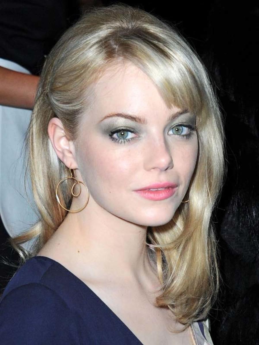 Emma Stone Louis Vuitton Fall 2011