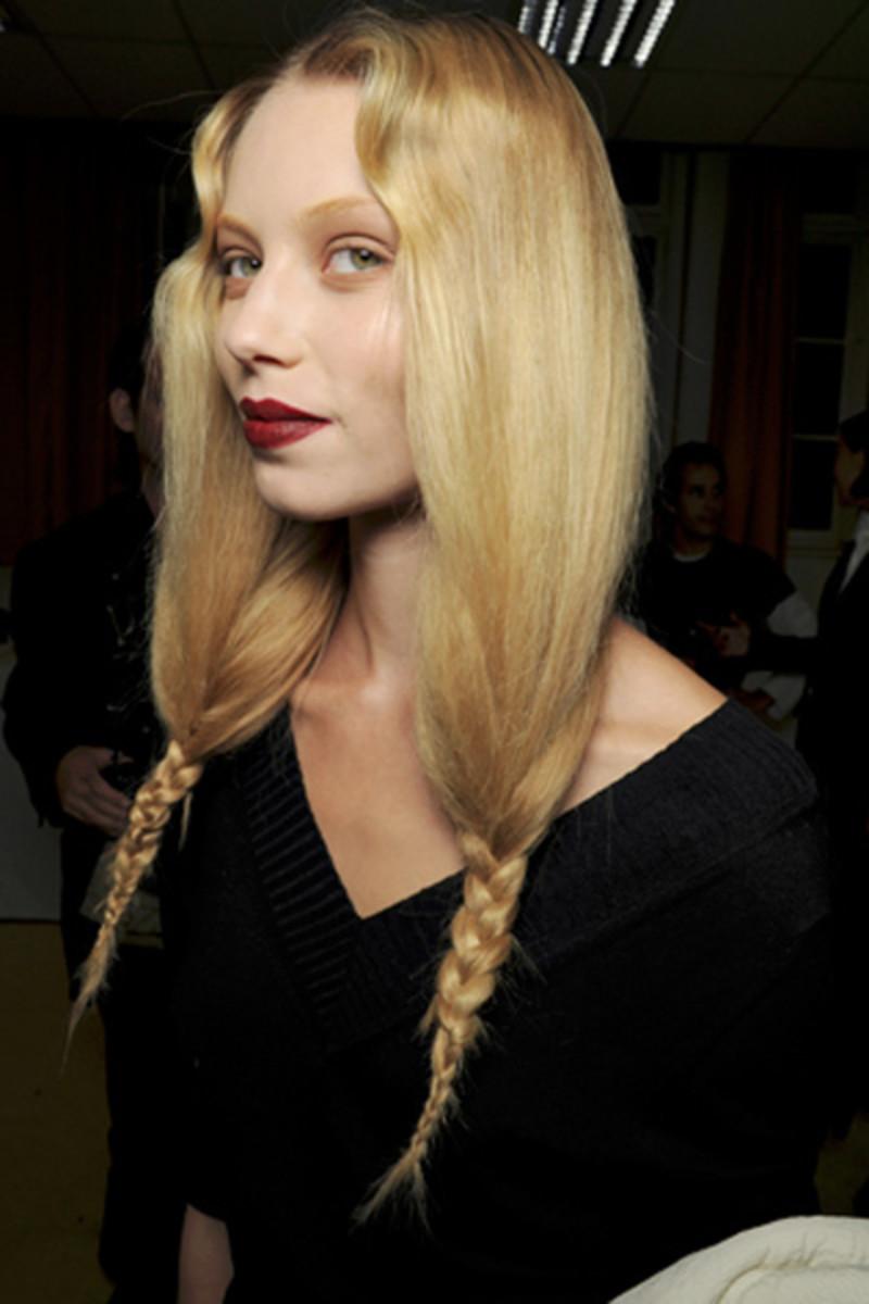 Givenchy-SS-2011-makeup-2