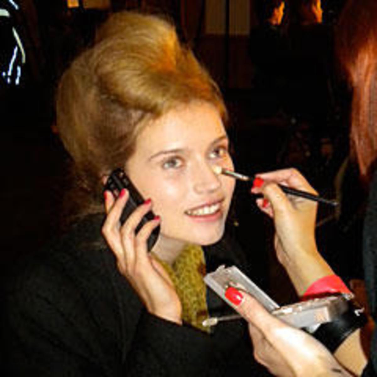 backstage-makeup-artist