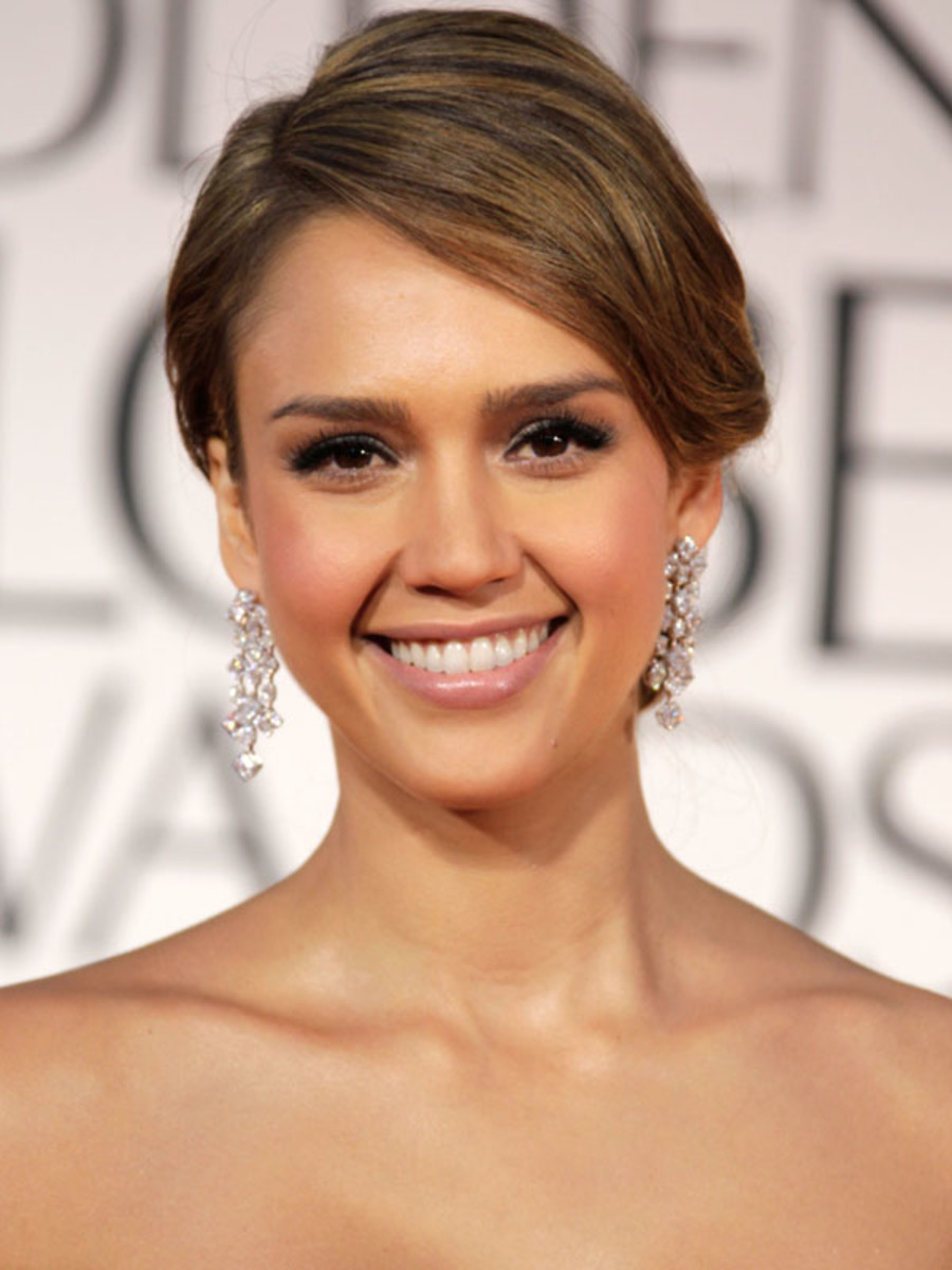 Golden-Globes-2012-Jessica-Alba