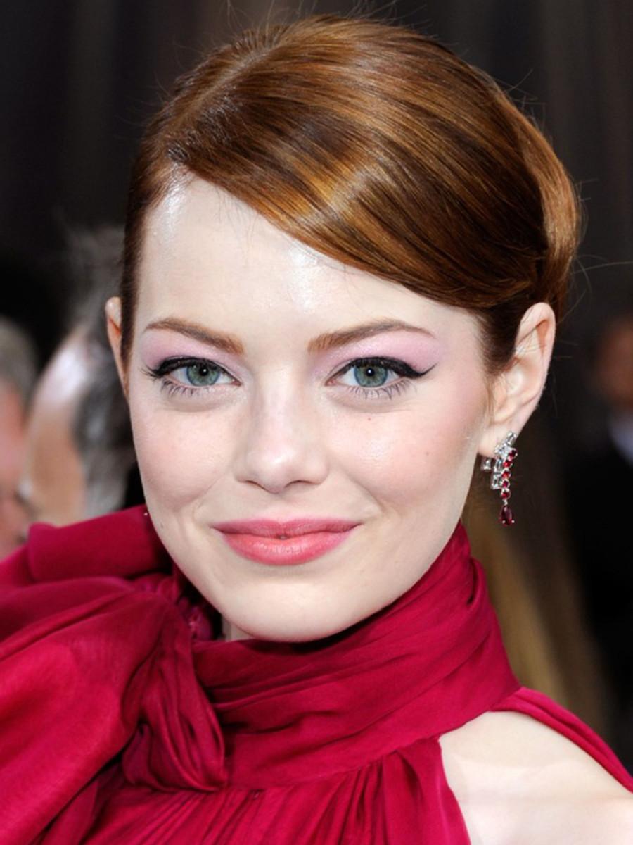 Emma Stone - Oscars 2012 hair