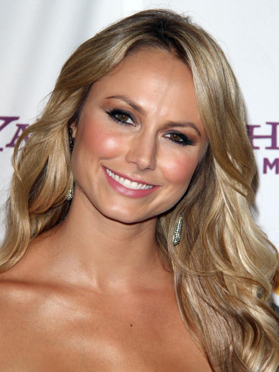 Stacy-Keibler-Hollywood-Film-Awards-2011