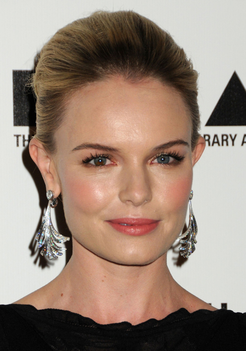 Kate-Bosworth-Nov-2010-2