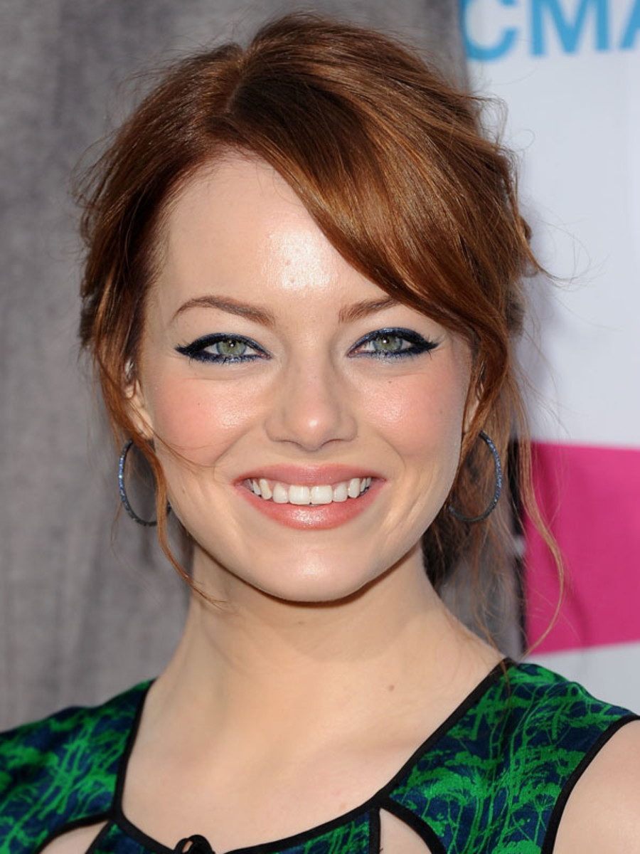 Critics-Choice-Awards-2012-Emma-Stone