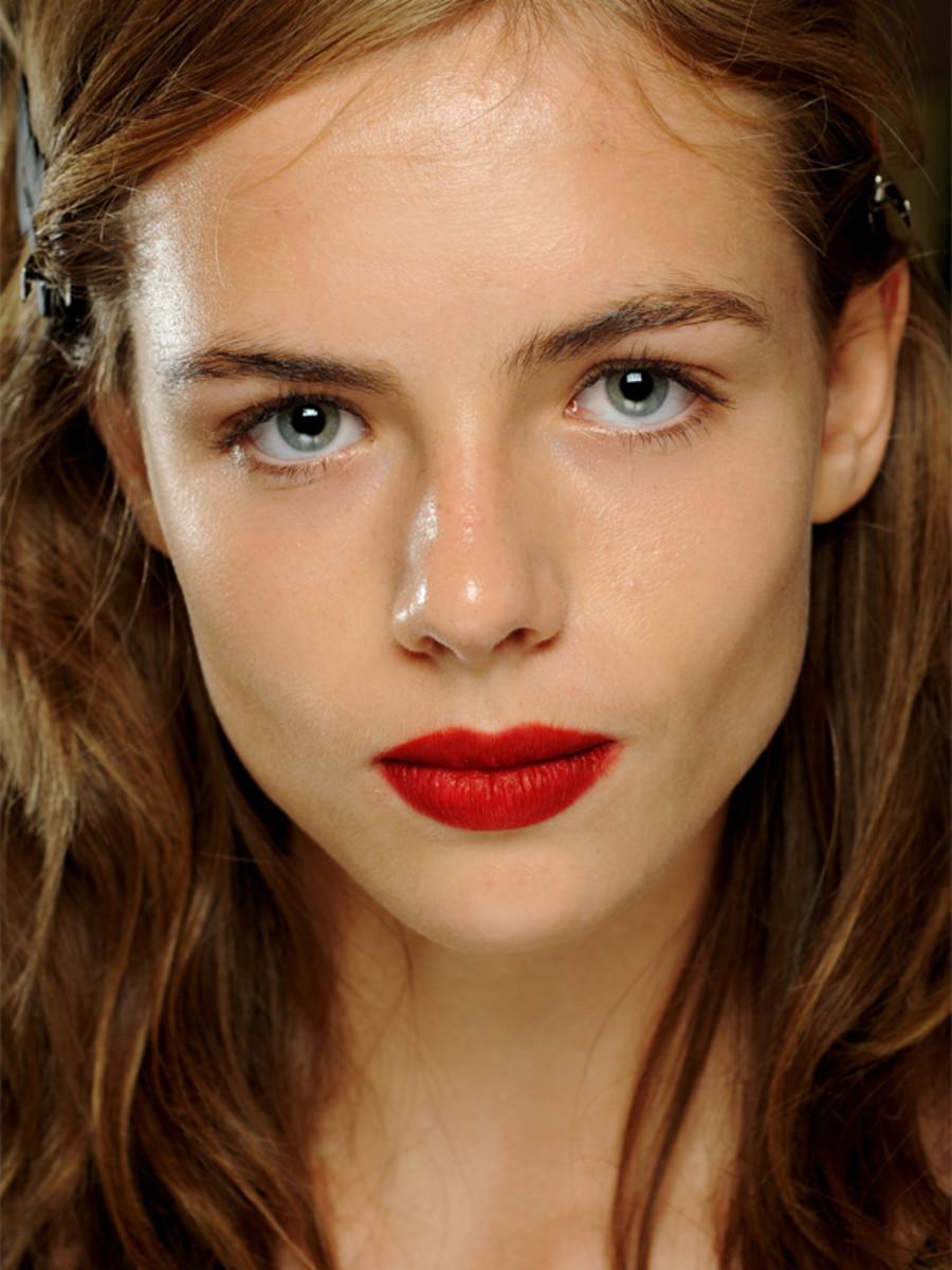 Burberry Prorsum - Spring 2013 makeup