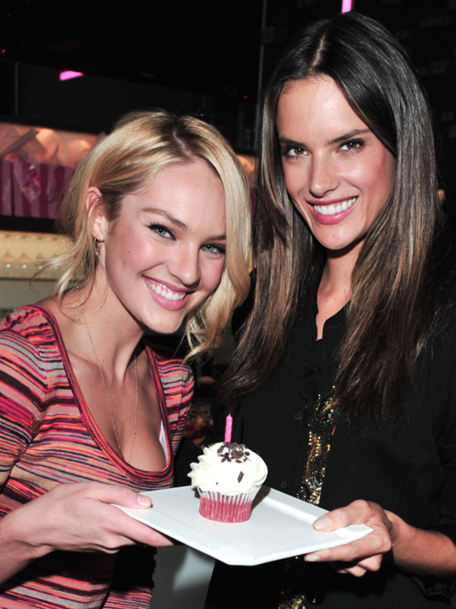 Candice-Swanepoel-and-Alessandra-Ambrosio-in-Toronto