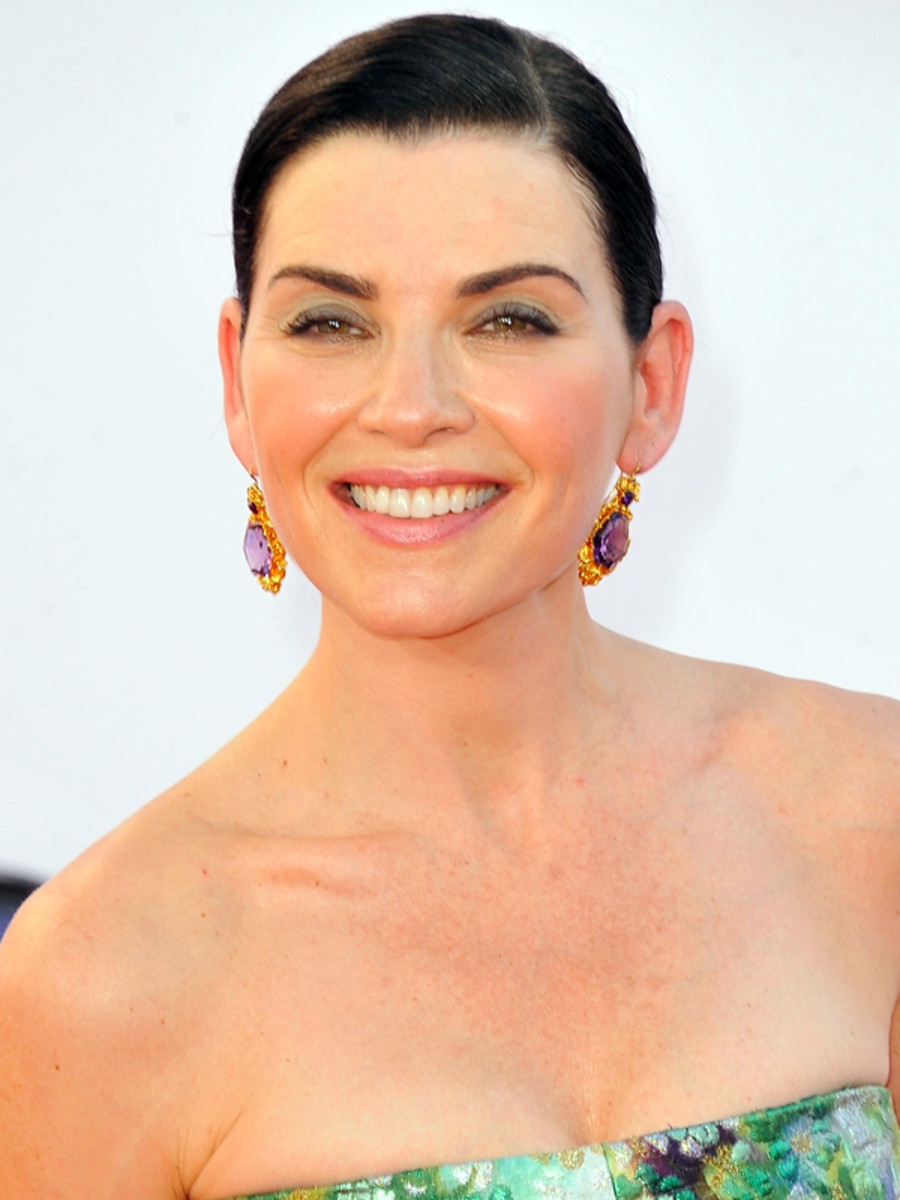 Julianna Margulies - Emmy Awards 2012