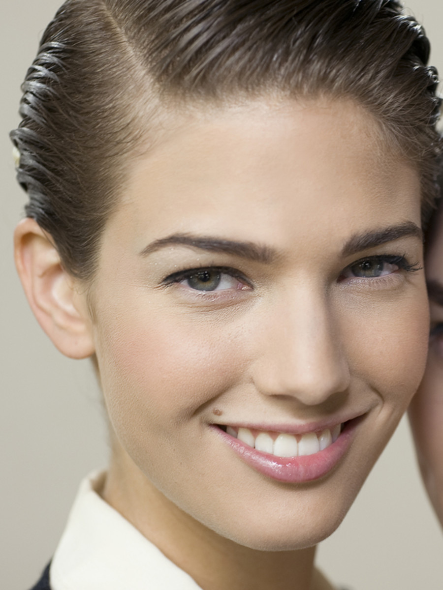 Chanel-Spring-2012-beauty