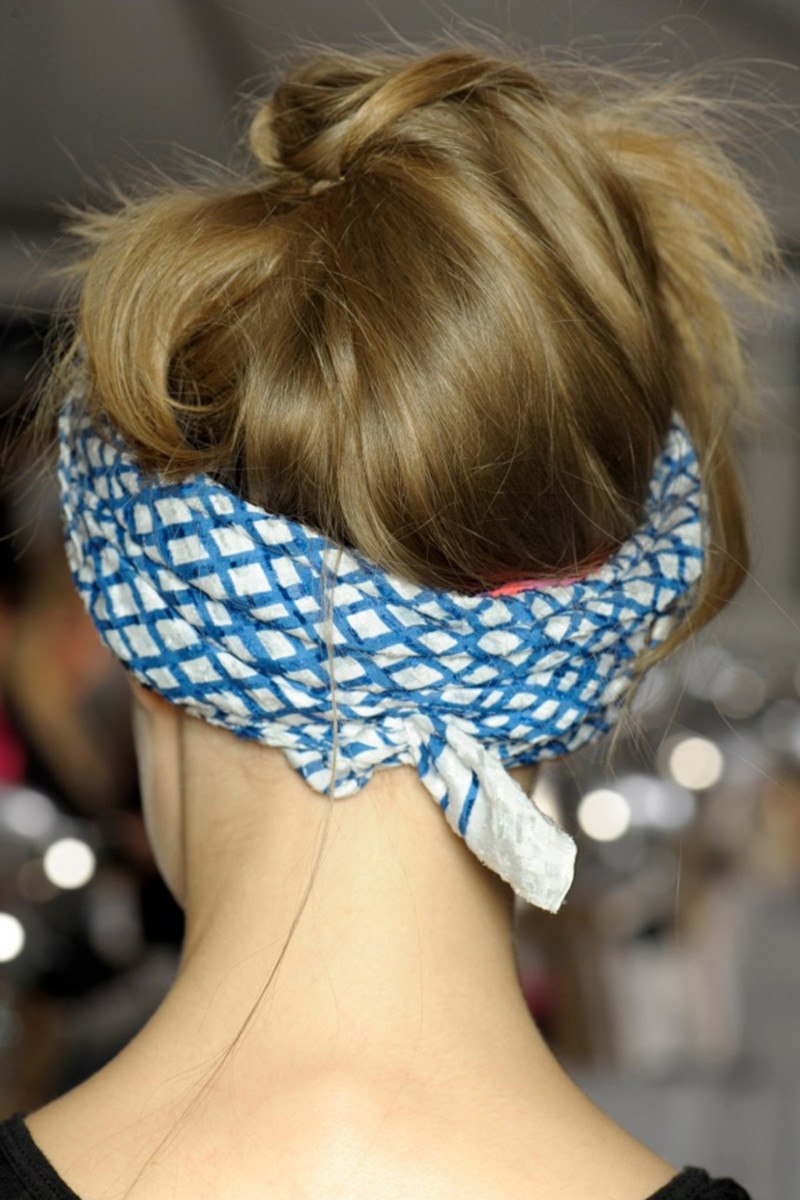 Marc by Marc Jacobs - Spring 2013 hair - back