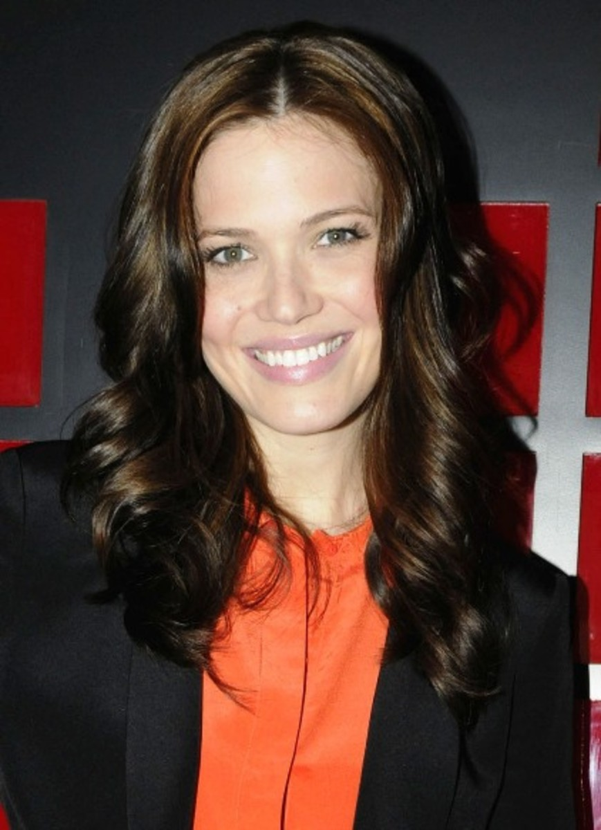 Mandy-Moore-Virgin-Mobile-Canada-event-2011