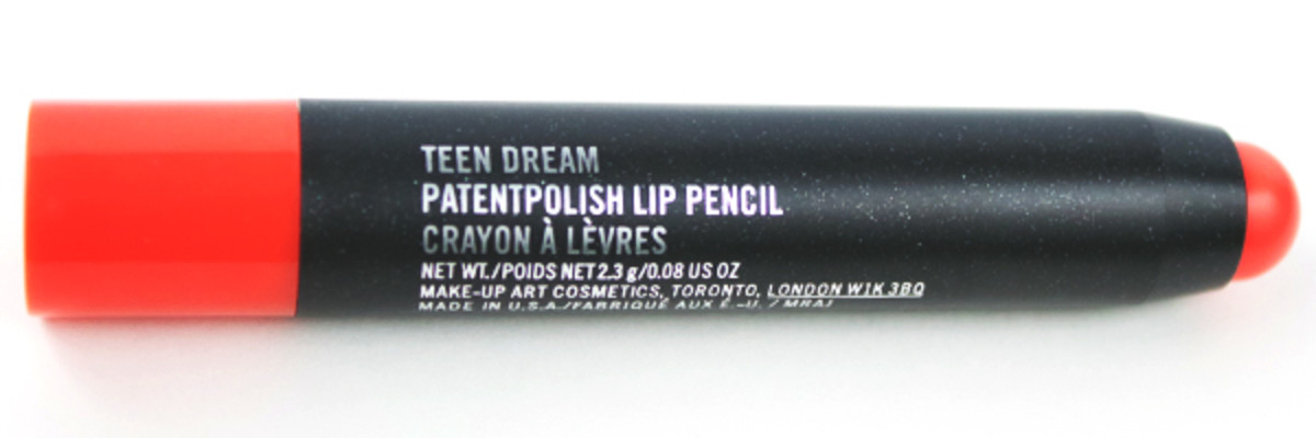 MAC Patentpolish Lip Pencil in Teen Dream