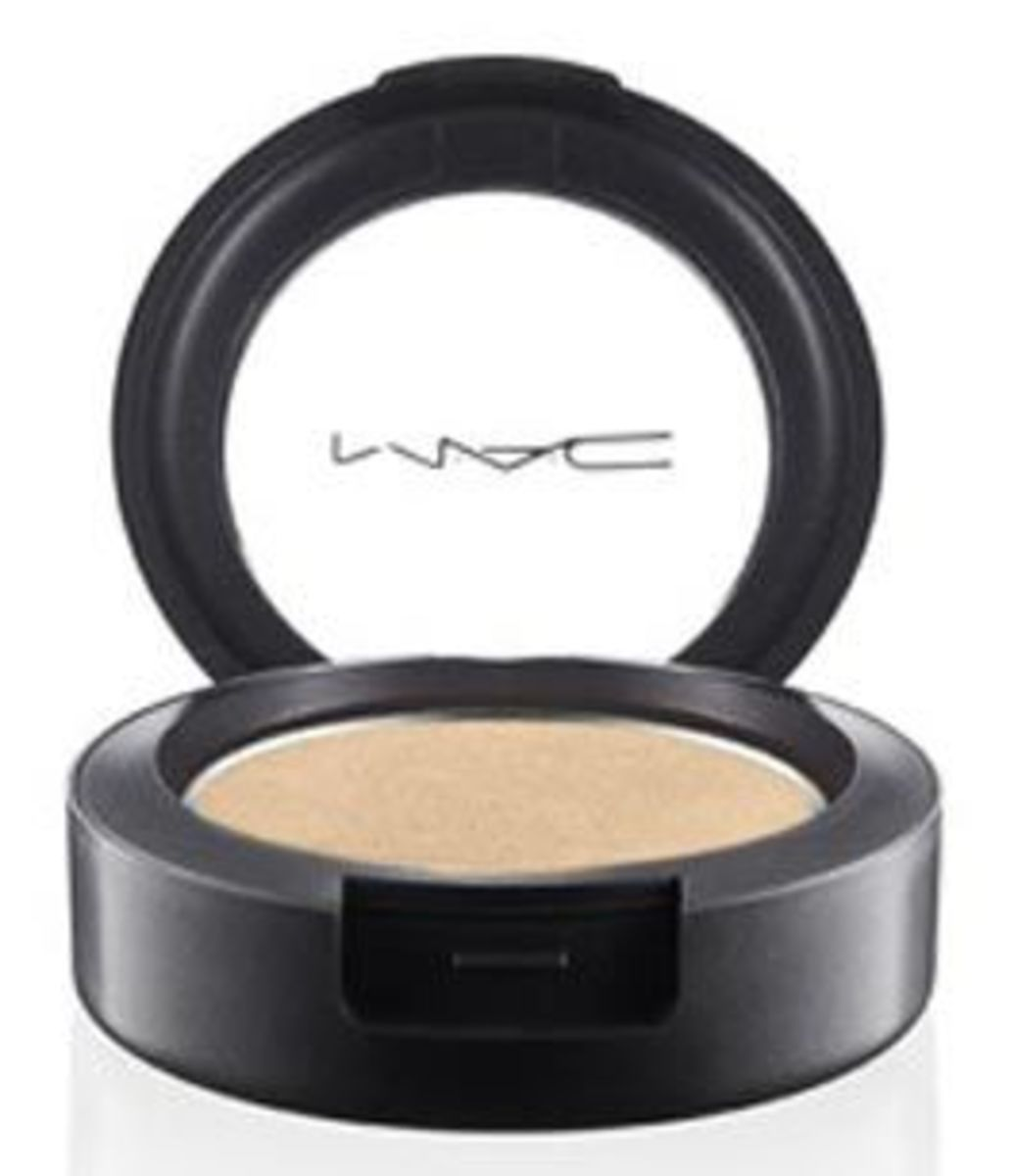 M.A.C-Pro-Longwear-Eye-Shadow-in-Carefree