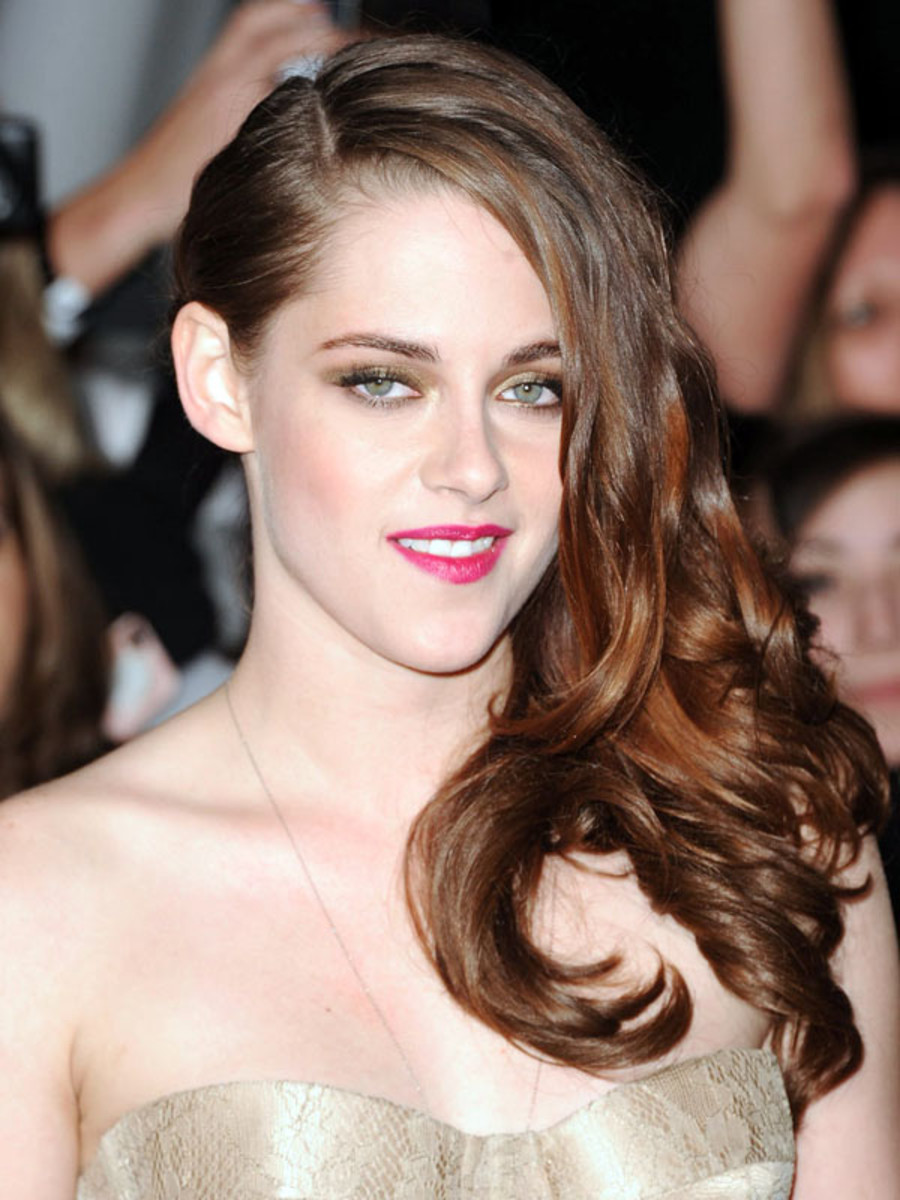 Kristen Stewart - Twilight Breaking Dawn Part 2 premiere 2012