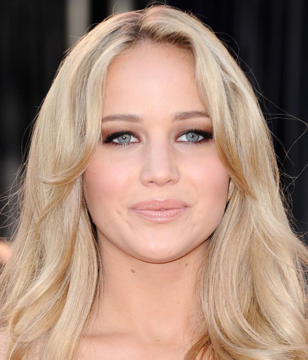 Jennifer-Lawrence-Oscars-2011