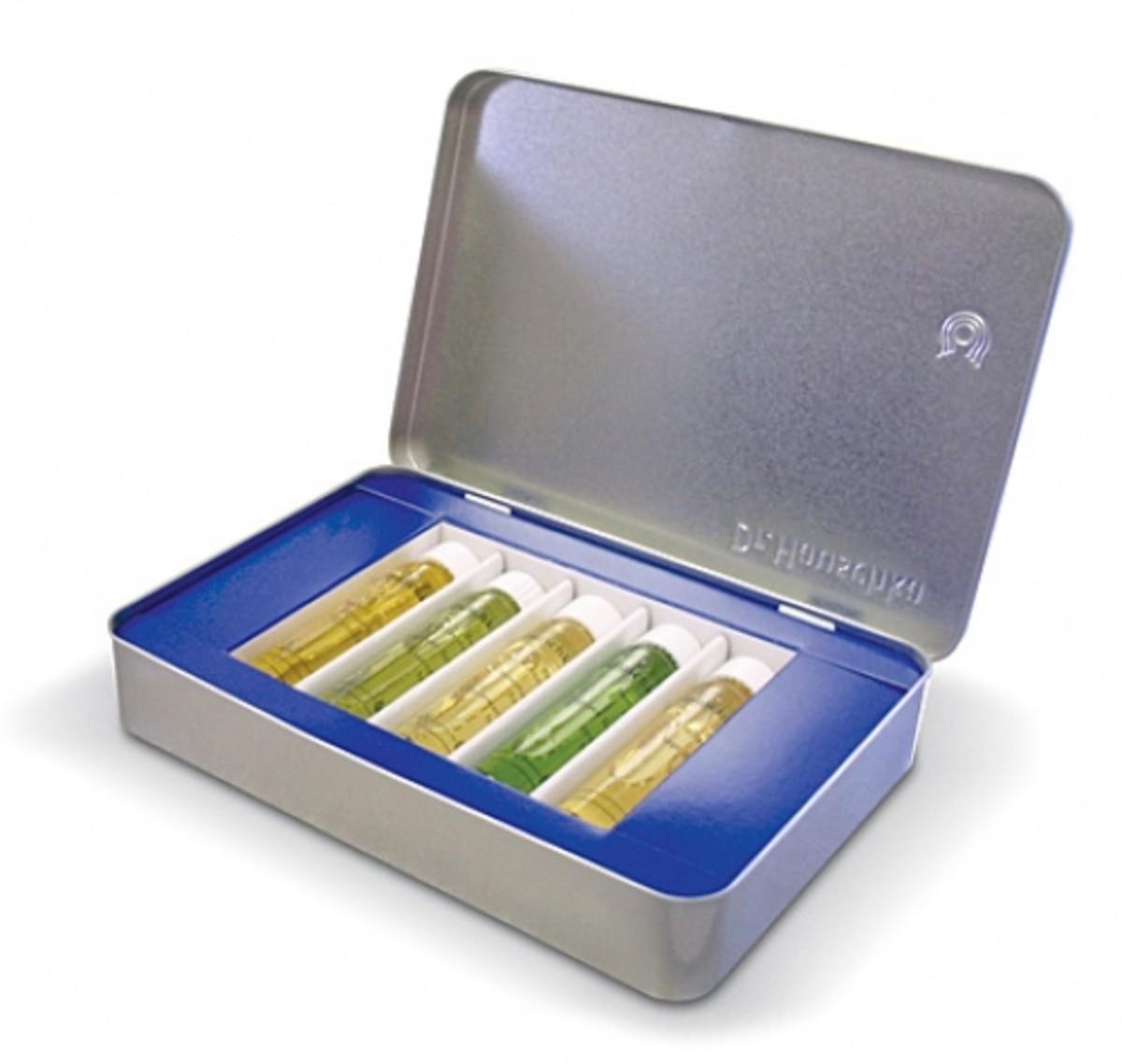Dr-Hauschka-Aromatherapy-Bath-Kit