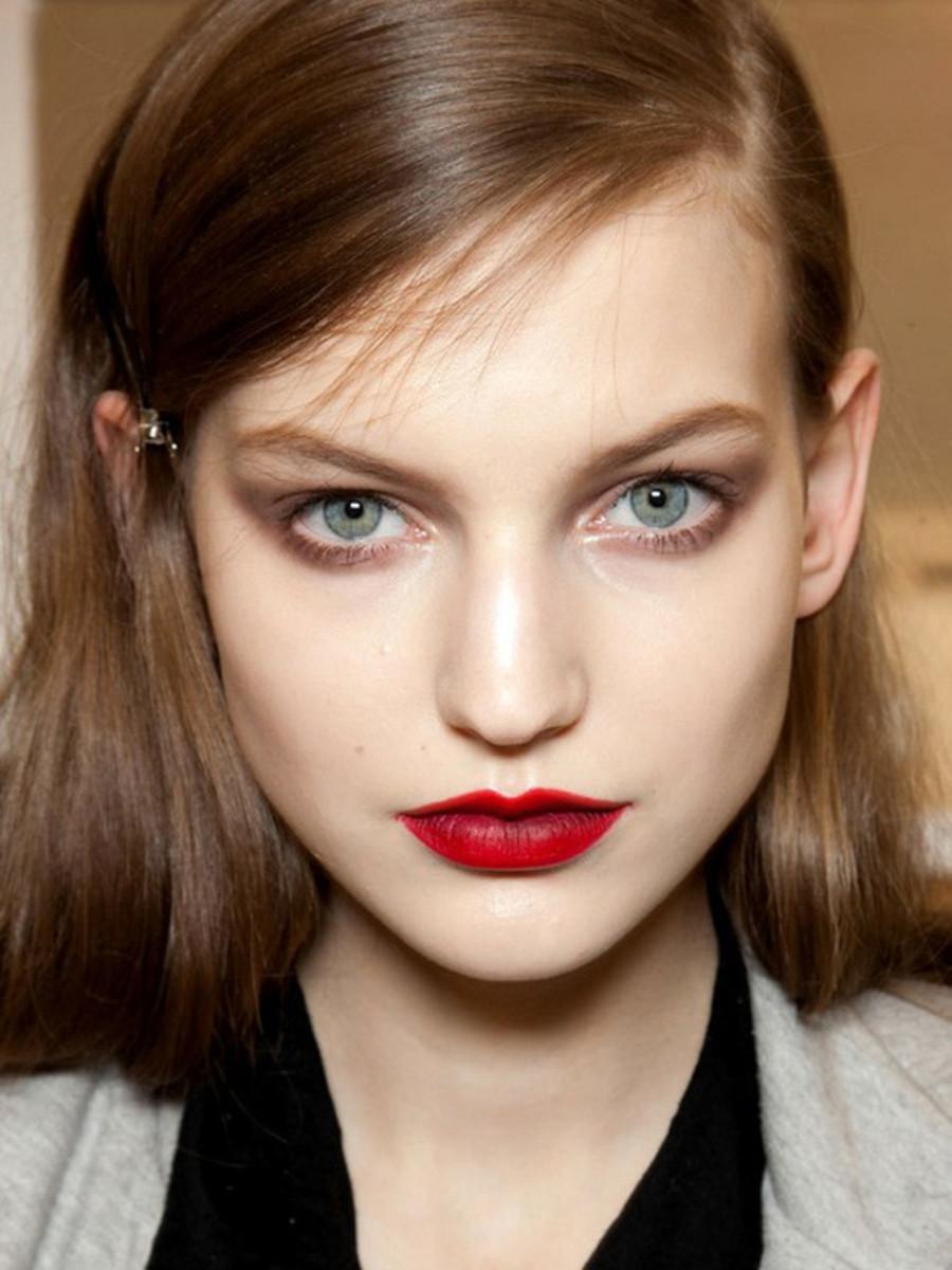 Nina-Ricci-FW12-makeup