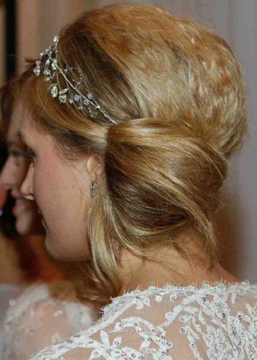 Jenny Packham - Spring 2013 bridal hair - bun