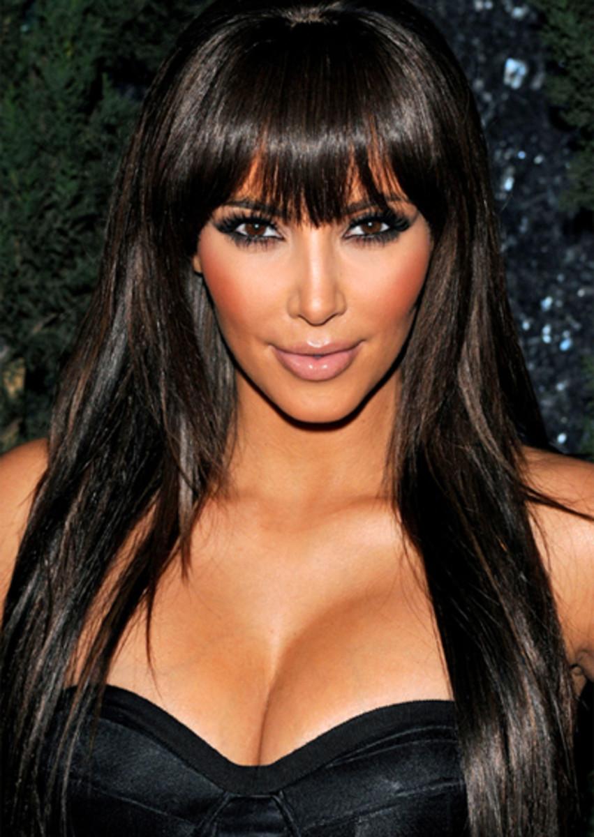 Kim-Kardashian-blunt-bangs