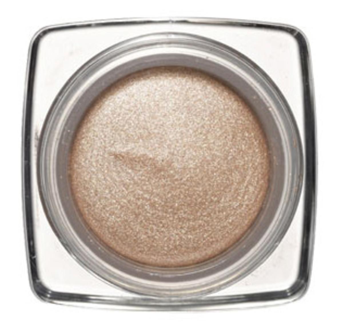 Dior-Ultra-Shimmering-Eyeshadow-in-Undressed-Beige1