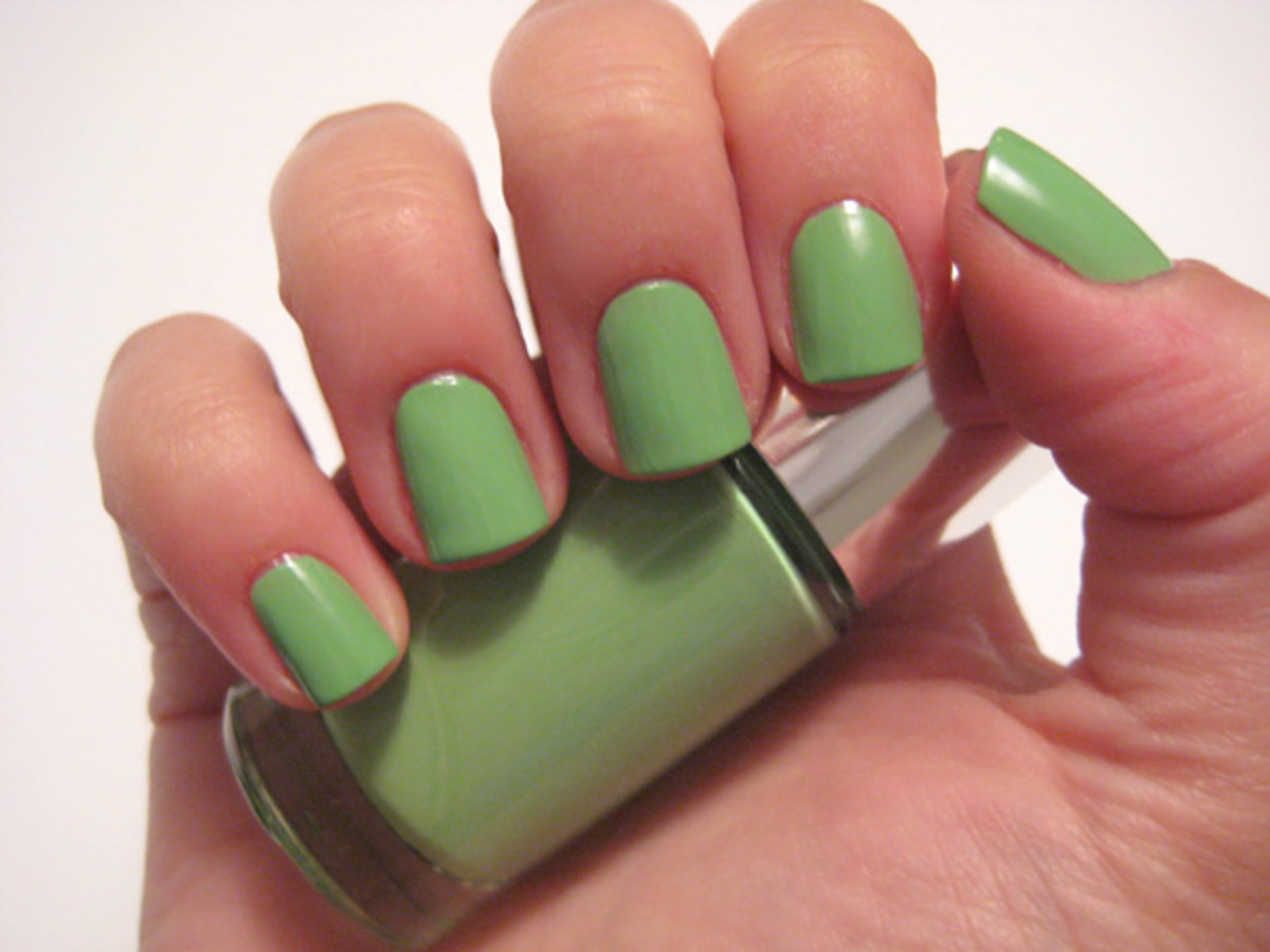 Clinique Sensitive Nail Polish - Hula Skirt