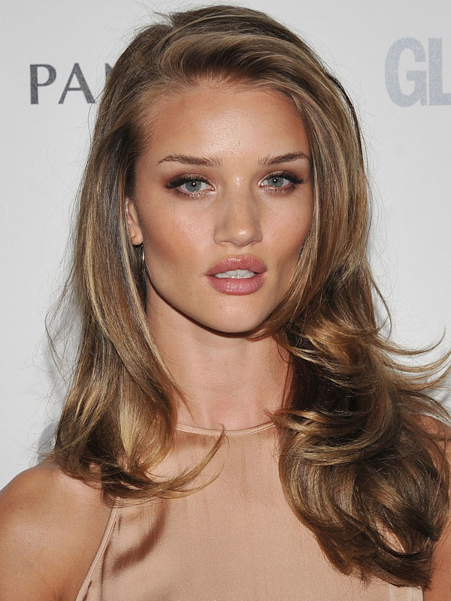 Rosie Huntington-Whiteley - Glamour Women of the Year Awards 2011