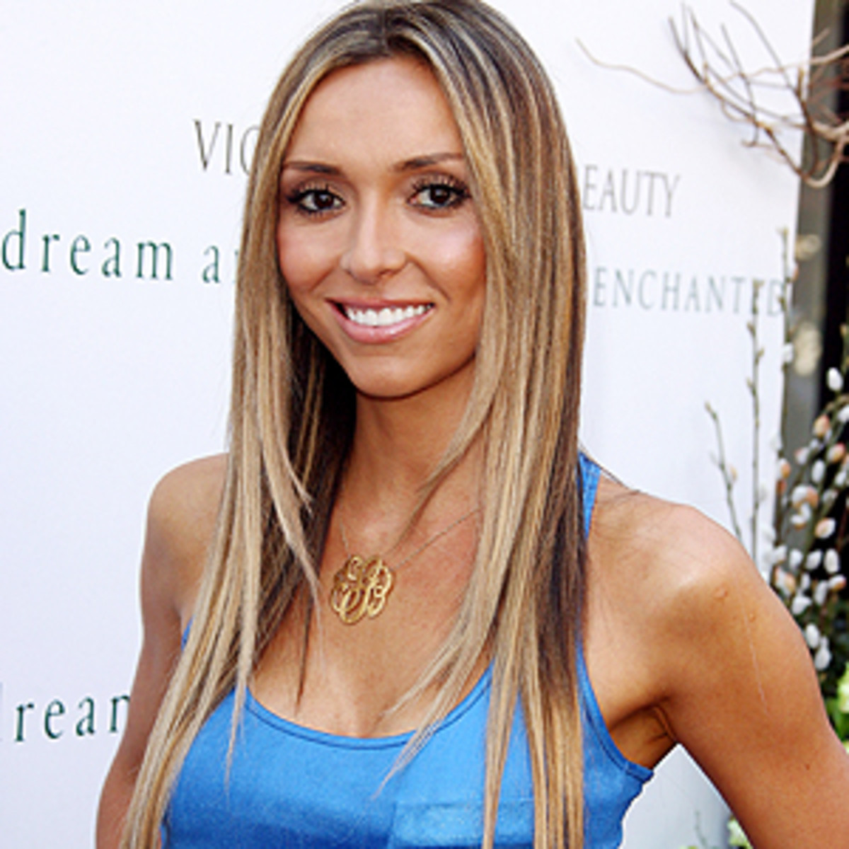 Giuliana-Rancic-hair-and-makeup
