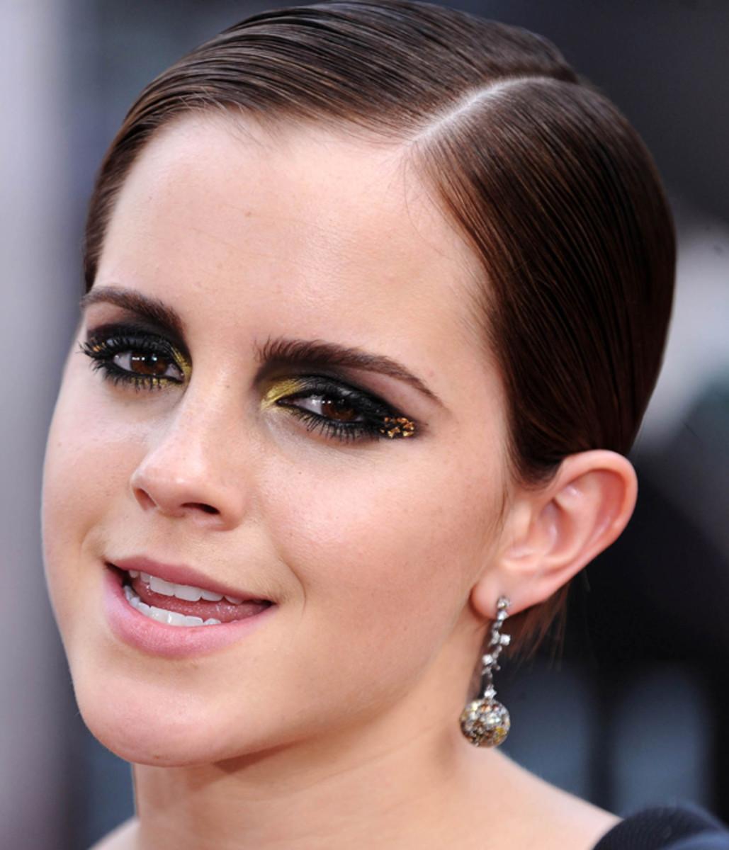Emma-Watson-Harry-Potter-premiere-2011-2