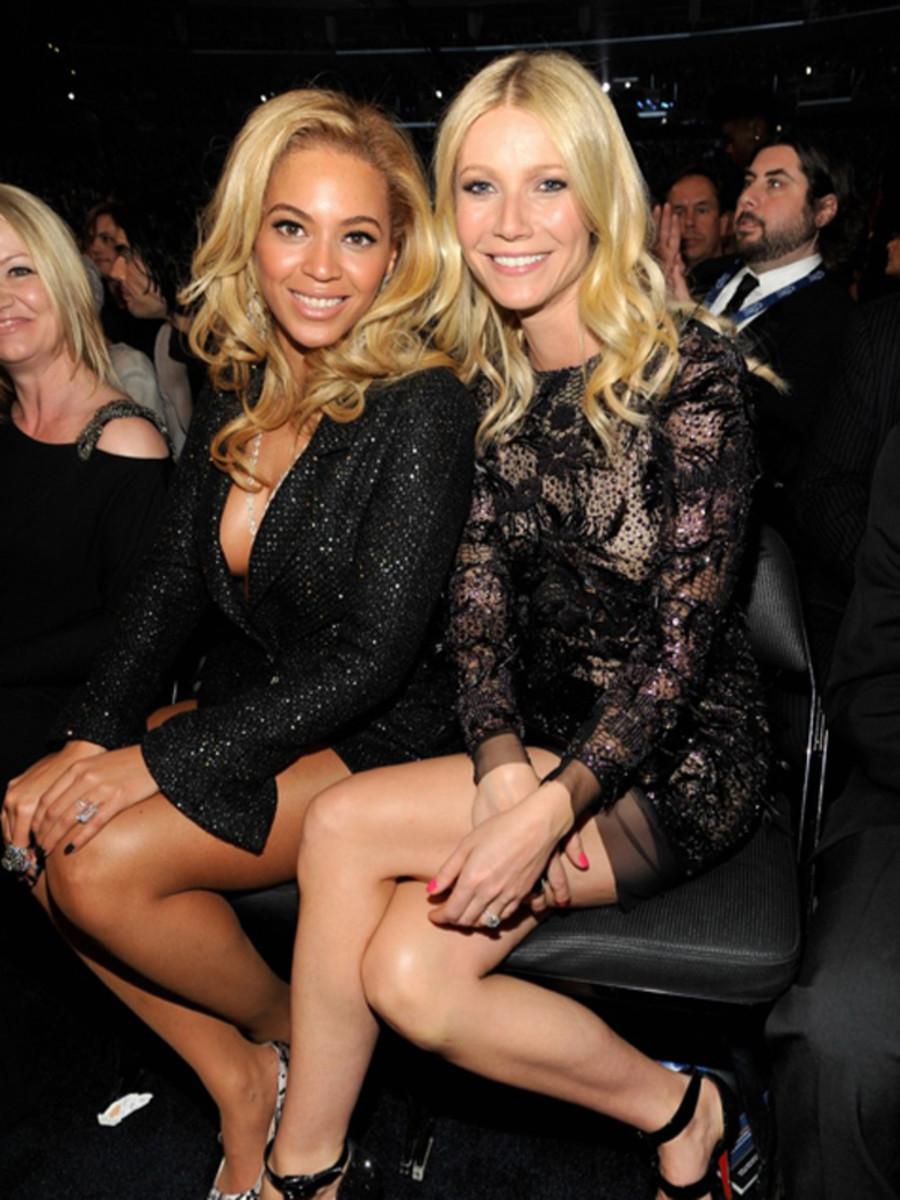 Beyonce-and-Gwyneth-Paltrow-2011-Grammy-Awards