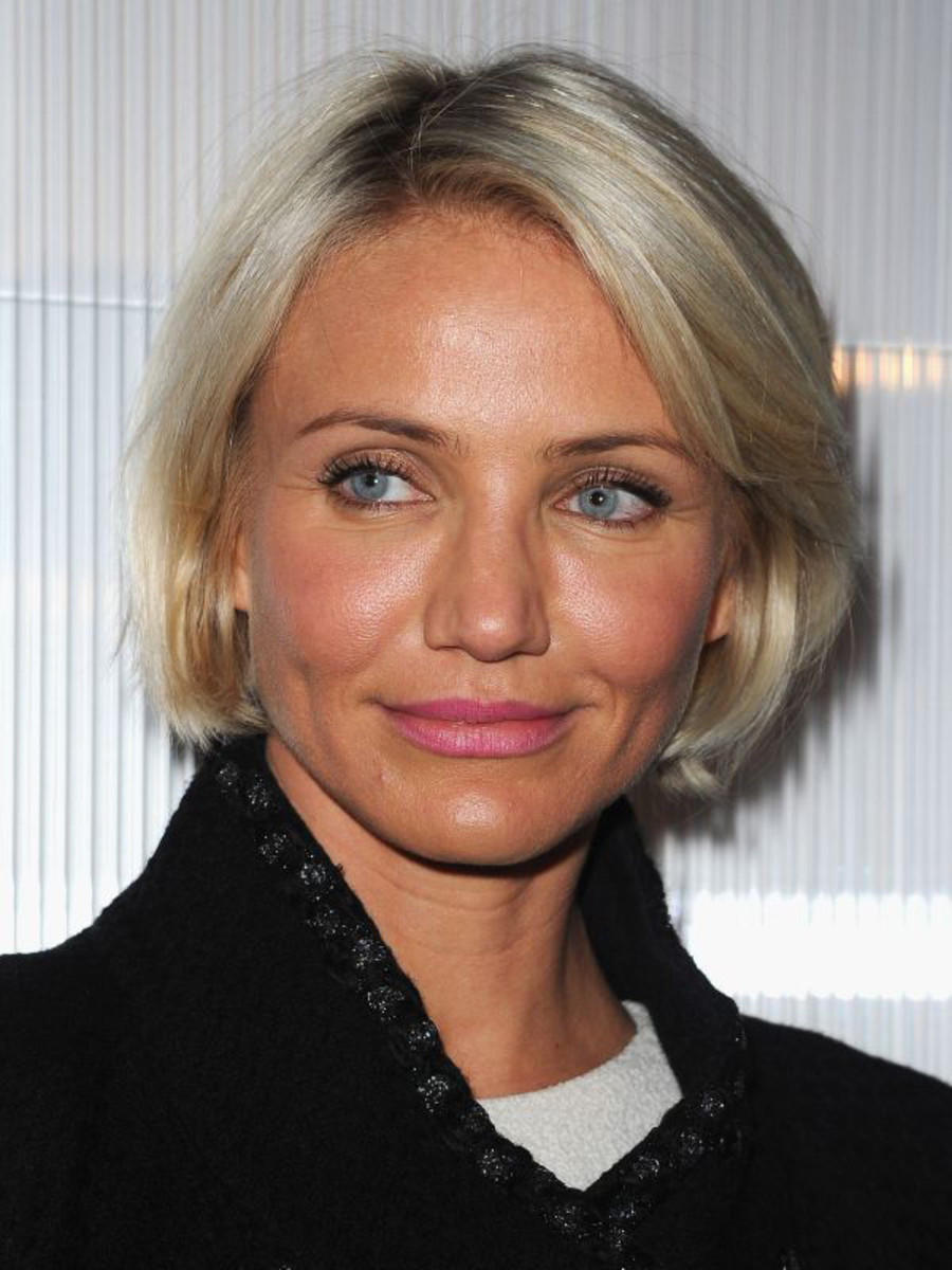 Cameron-Diaz-bob-hairstyle-Chanel-Haute-Couture-SS12