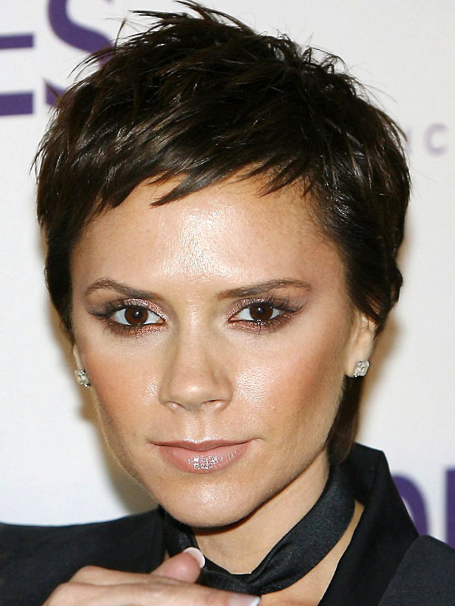 Victoria Beckham inverted triangle face bangs
