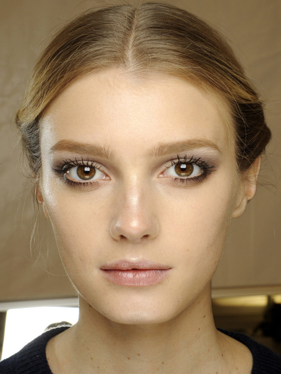 Valentino - Fall 2012 makeup