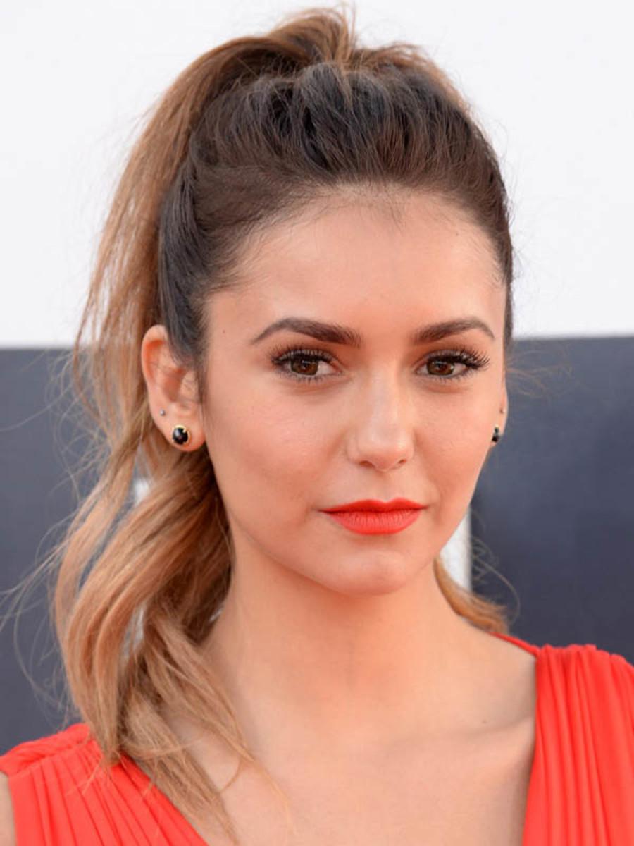Nina Dobrev, MTV Video Music Awards 2014