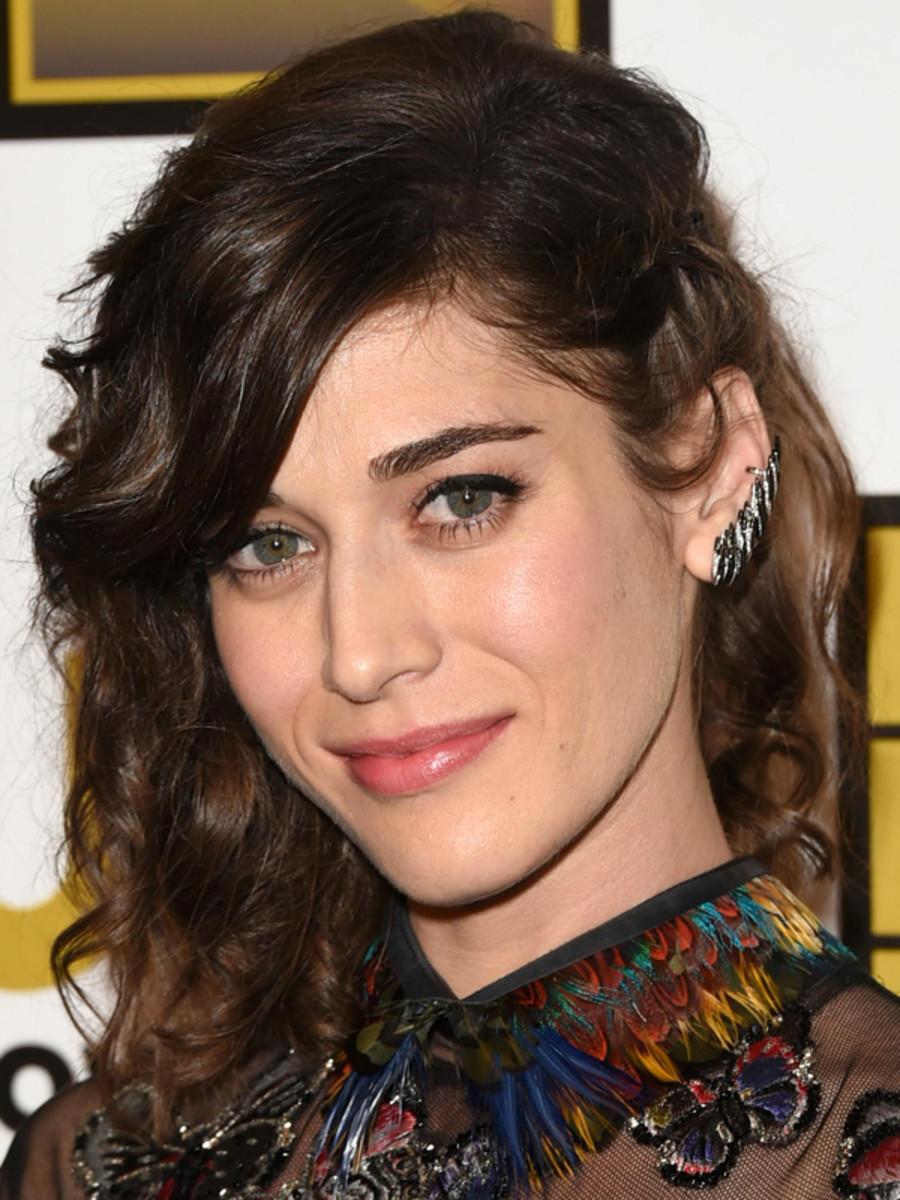 Lizzy Caplan, Critics' Choice TV Awards 2014