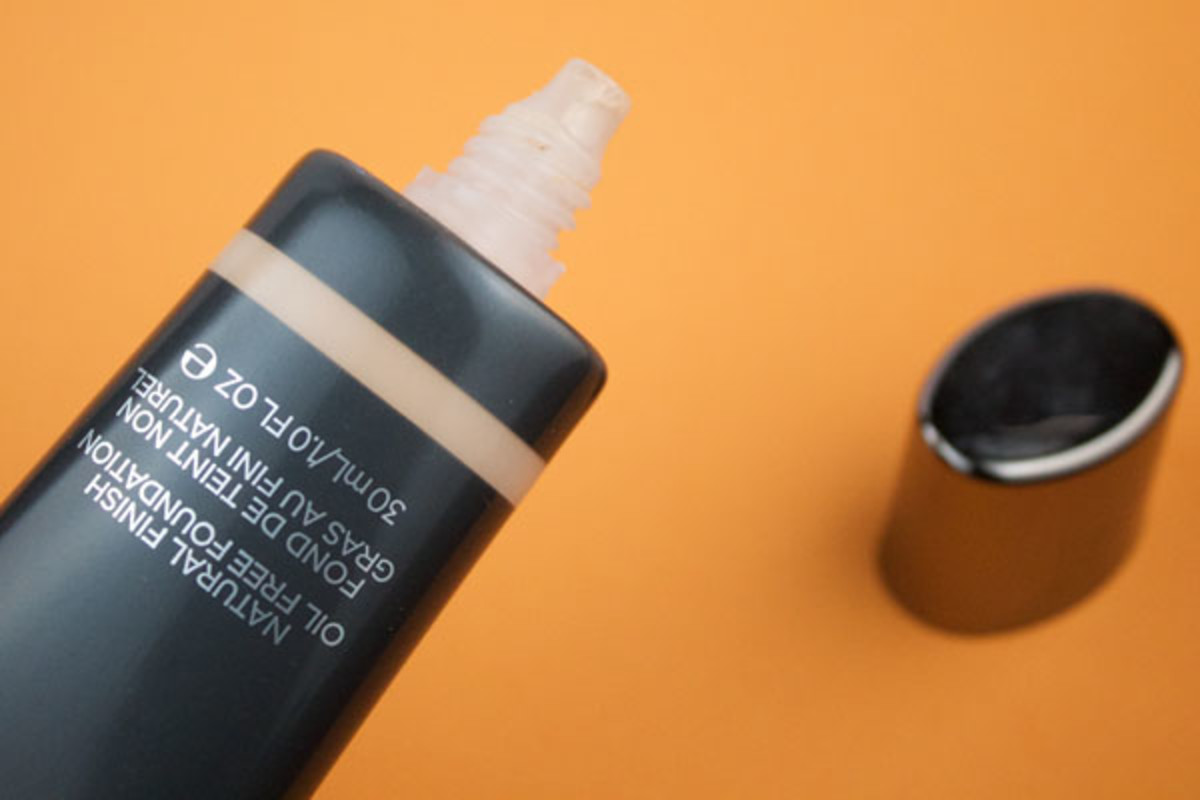 Cover FX Natural Finish Oil-Free Foundation (4)