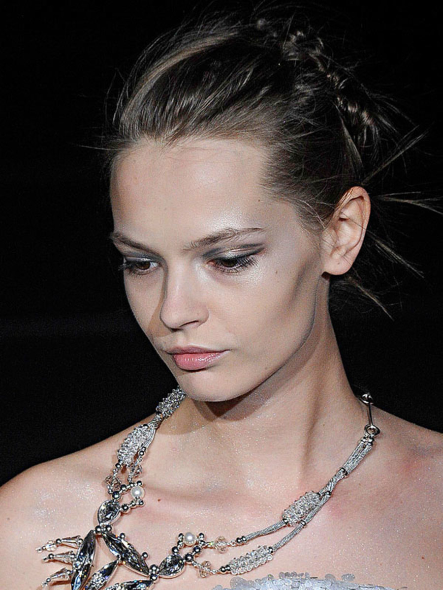 Giorgio-Armani-Spring-2012-beauty