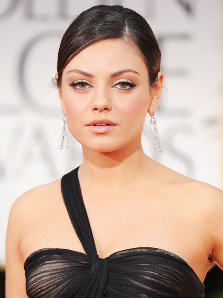 Golden-Globes-2012-Mila-Kunis