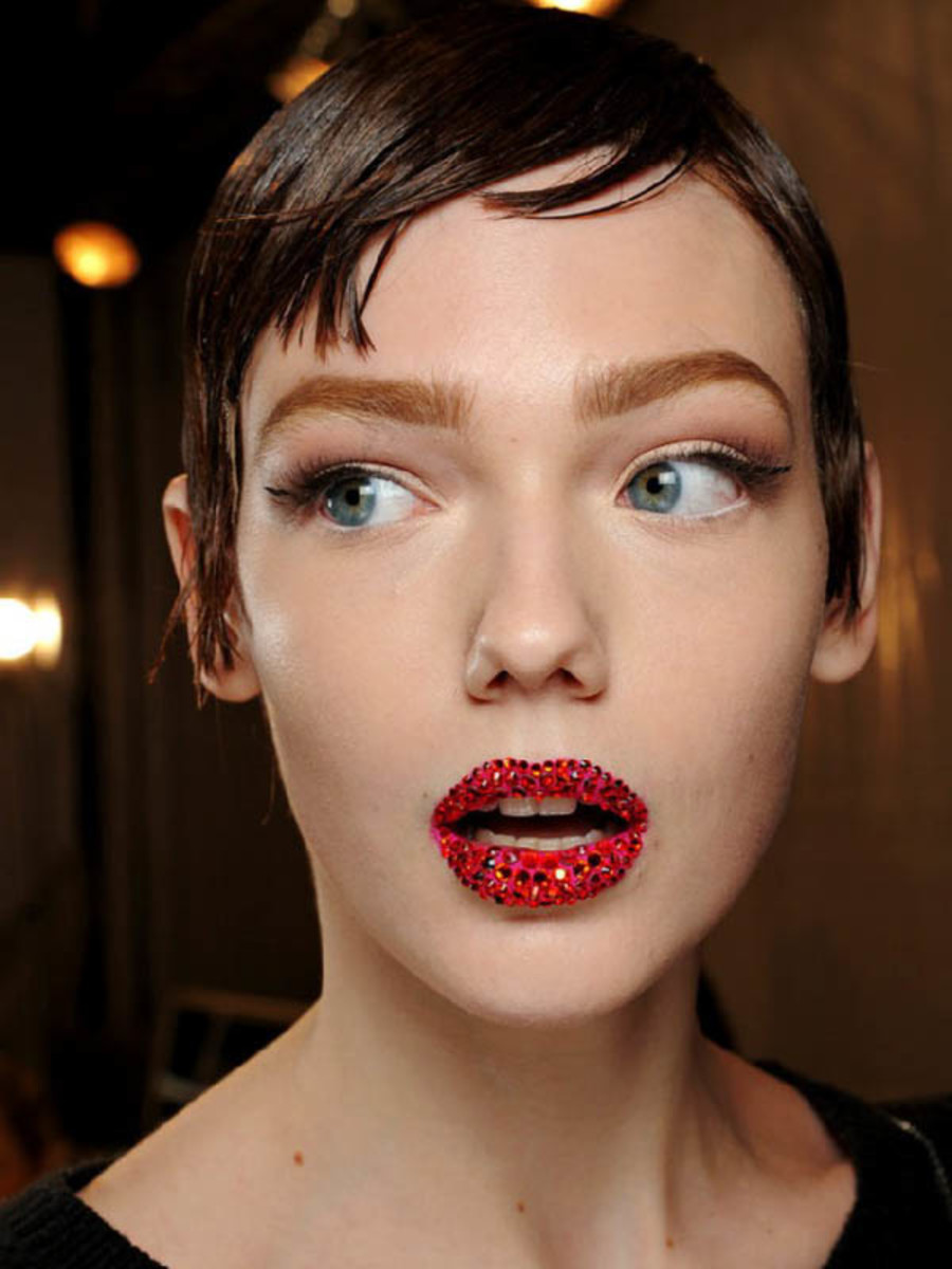 Five Makeup Tips From A Pro Makeup Artist: The 5 Big Makeup Trends From Spring 2013 Couture Week