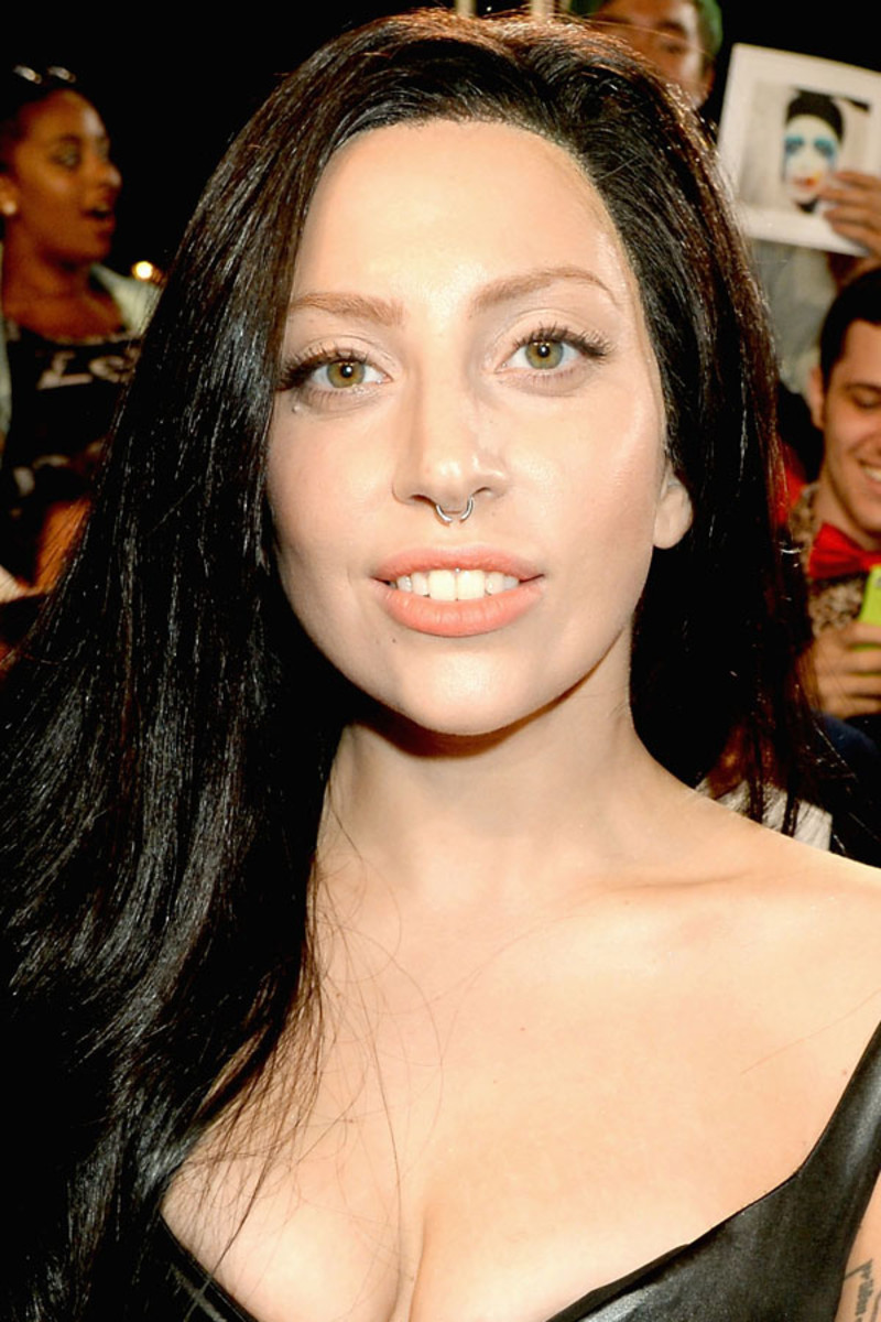 Lady Gaga before and after: MTV Video Music Awards, 2013