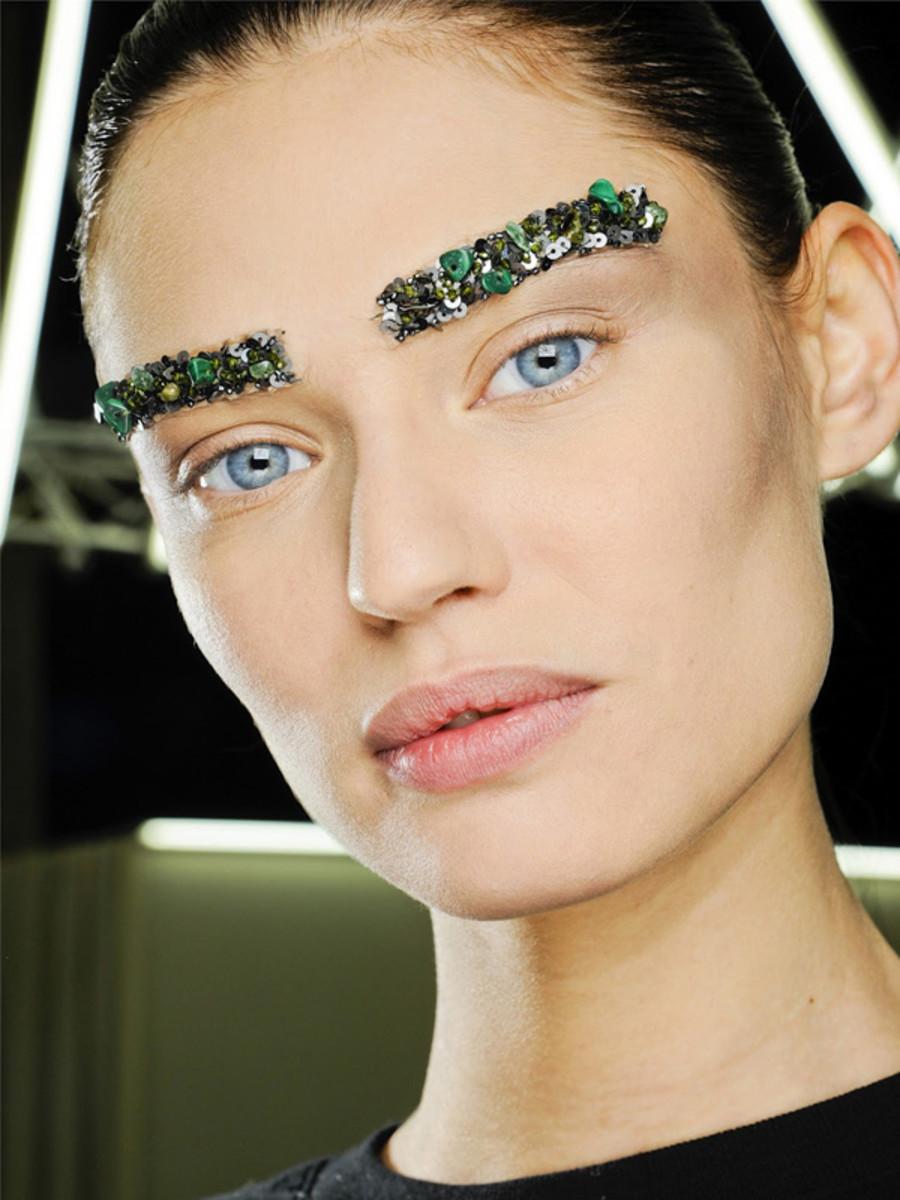 Chanel - Fall 2012 makeup