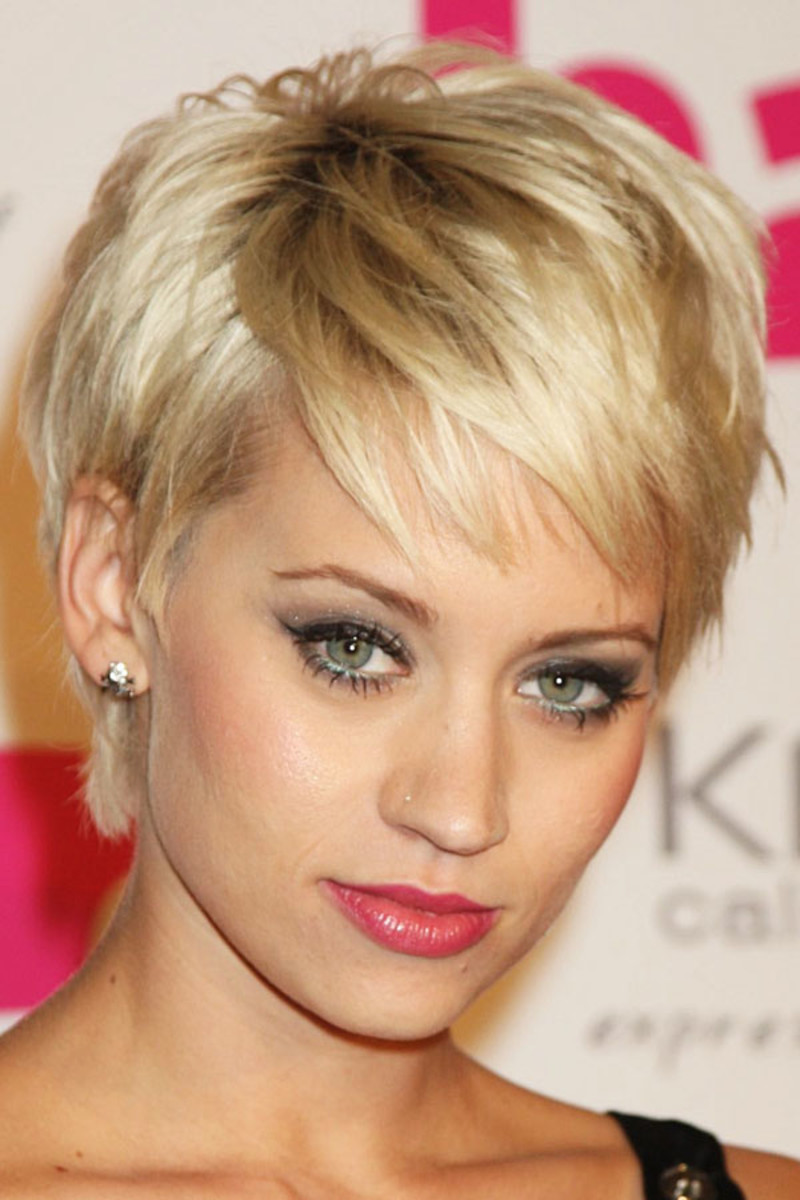 Kimberly Wyatt, Hair Magazine Awards, 2009