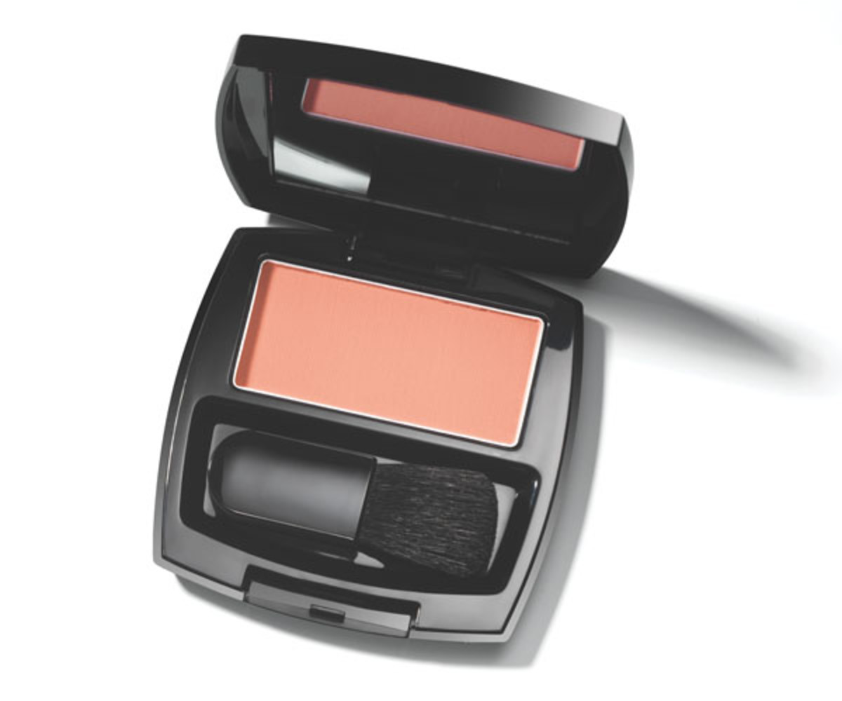 Avon Ideal Luminous Blush in Coral Radiance