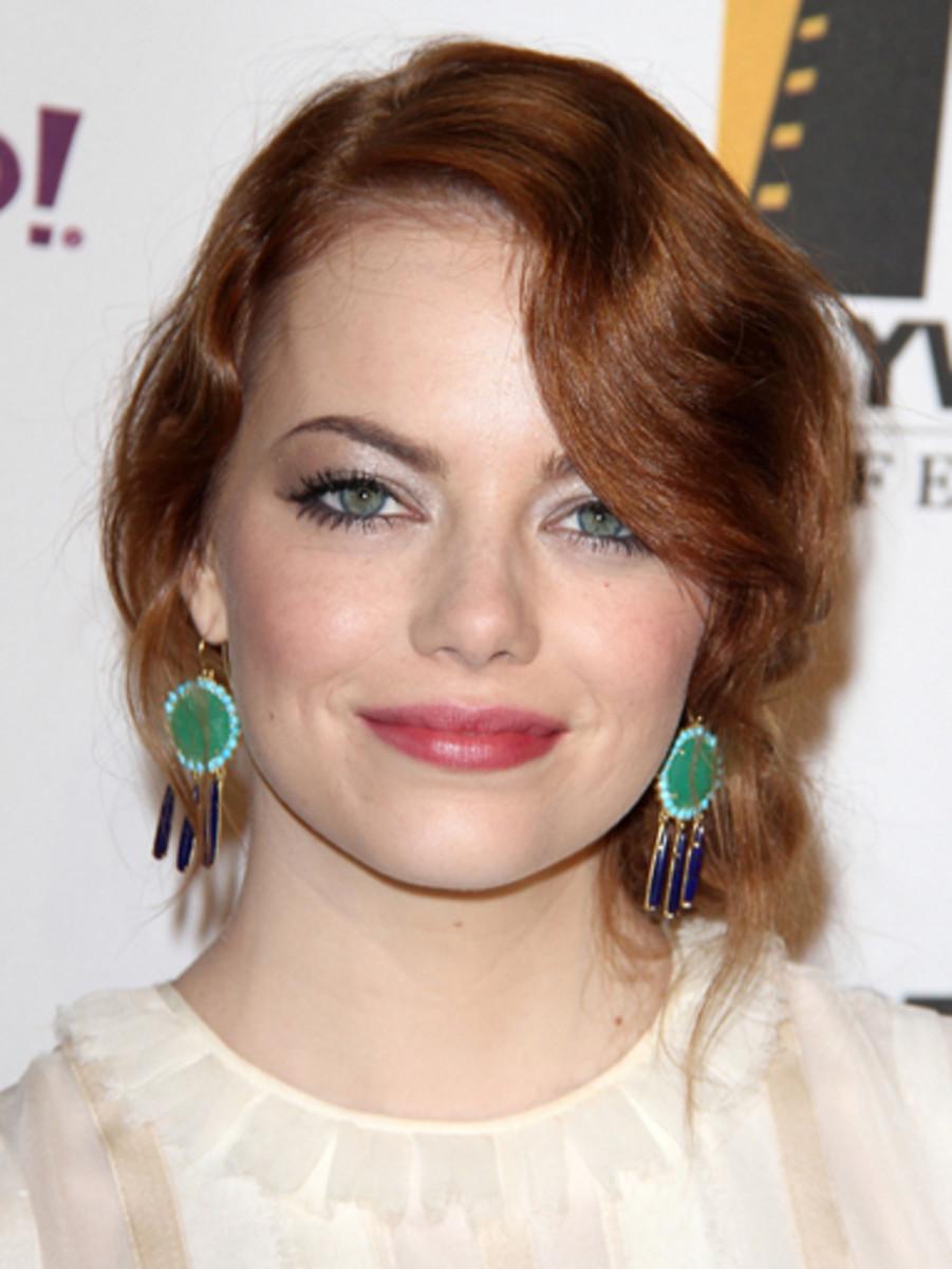 Emma-Stone-Hollywood-Film-Awards-2011