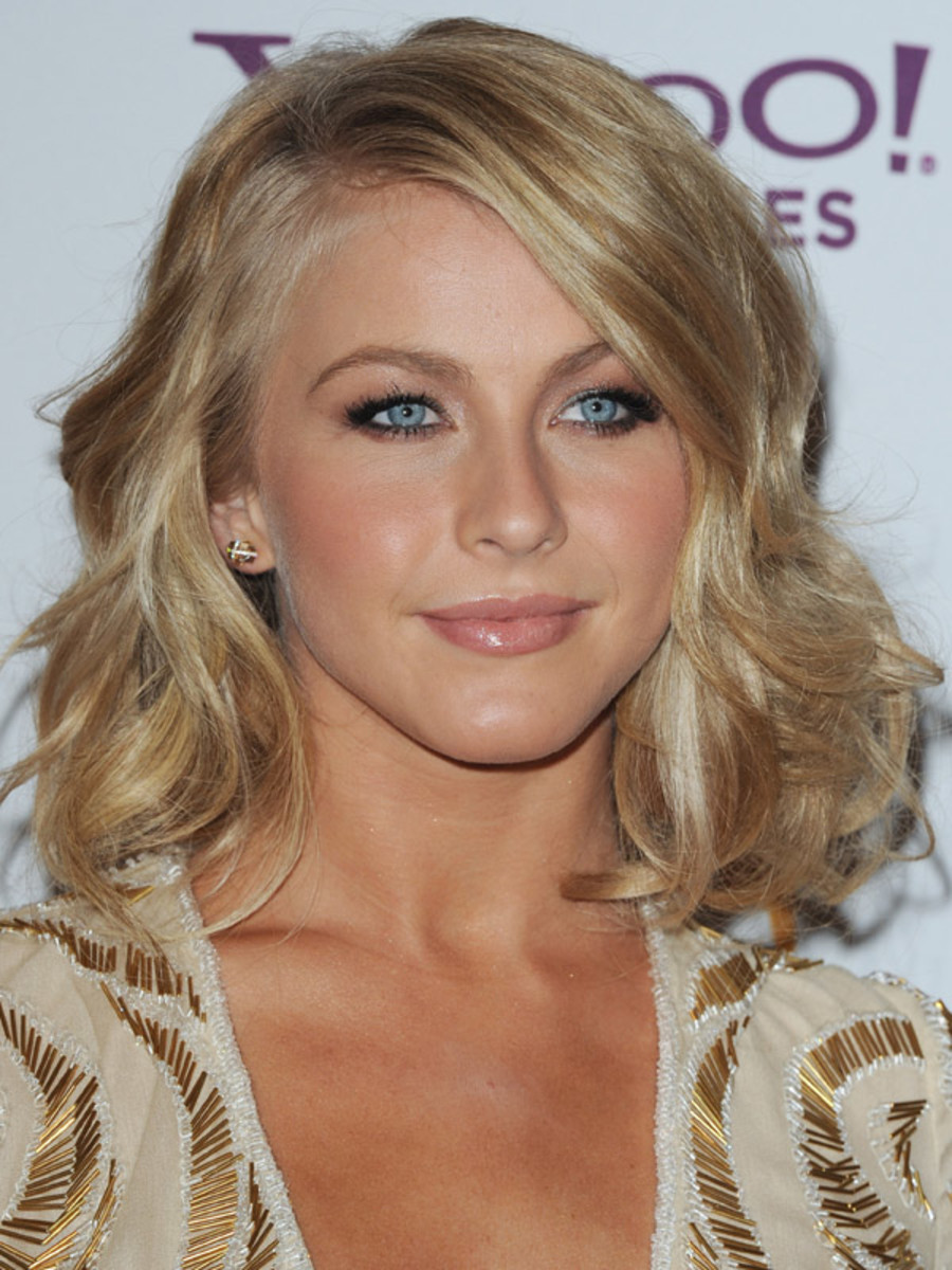 Julianne-Hough-Hollywood-Film-Awards-2011